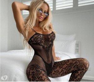 Naoual blonde escorts services in Commerce, CA
